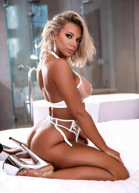 platimum blonde model