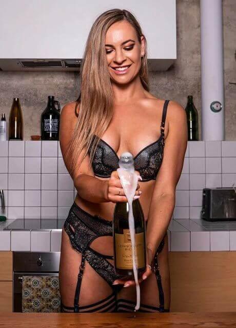sasha fox stripper perth3
